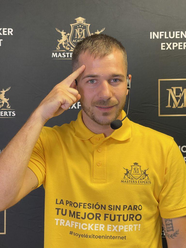 Víctor Poderoso, experto en Tráfico Online es el nuevo creador del Máster en Tráfico Digital hecho para ti.